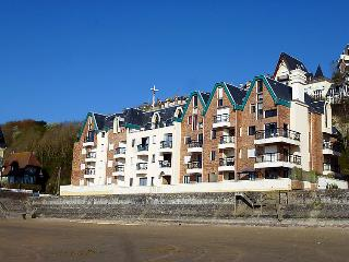 1 bedroom Apartment in Trouville-sur-Mer, Normandy, France : ref 5059895