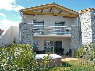 3 bedroom Villa in Cap d'Agde, Herault Aude, France : ref 2008210