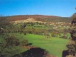 Llangollen Golf club - 10 mins away in the car.