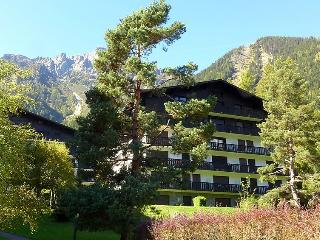 2 bedroom Apartment in Chamonix, Savoie   Haute Savoie, France : ref 2057154
