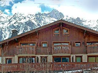 2 bedroom Apartment in Chamonix-Mont-Blanc, France - 5051281