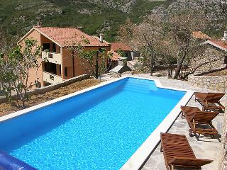 5 bedroom Villa in Krk Baska, Kvarner Islands, Croatia : ref 2216168, Draga Bascanska