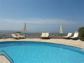 Stunning 5 Bedroom Villa - Outstanding Sea Views