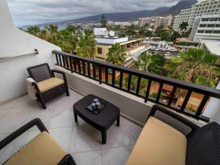 Parque Santiago 2 - first line by the ocean Duplex, LA center with WIFI