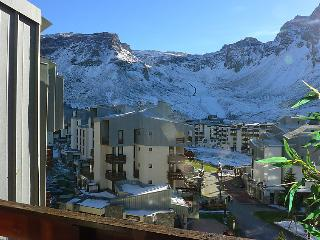 3 bedroom Apartment in Tignes, Auvergne-Rhone-Alpes, France : ref 5082369