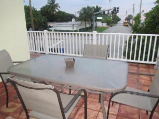 Ocean view - fully furnished!!