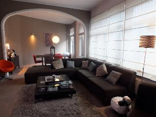 Book Instantly! Saint-Vincent - 2 BR Apartment, 2nd Floor, Liege
