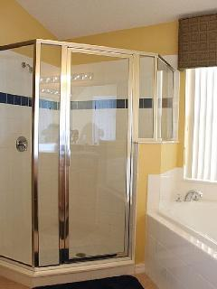 Glassed-in Ensuite Shower