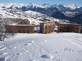 2 bedroom Apartment in Le Corbier, Auvergne-Rhône-Alpes, France : ref 5078927