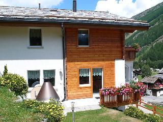 5 bedroom Apartment in Saas Grund, Valais, Switzerland : ref 2297357, Saas-Grund