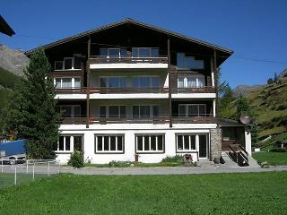3 bedroom Apartment in Saas-Grund, Valais, Switzerland : ref 2252810