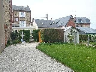 3 bedroom Villa in Villers-sur-Mer, Normandy, France : ref 5046614