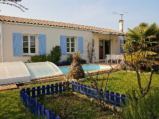 3 bedroom Villa in Ile d'Oleron, Poitou Charentes, France : ref 2011919