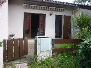 1 bedroom Villa in Le Penon, Nouvelle-Aquitaine, France : ref 5049992