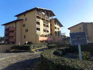 3 bedroom Apartment in Le Penon, Nouvelle-Aquitaine, France : ref 5049995