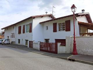 2 bedroom Apartment in Saint-Jean-de-Luz, Nouvelle-Aquitaine, France : ref 50501