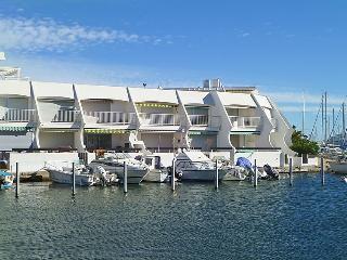 2 bedroom Apartment in Port Camargue, Occitania, France : ref 5050241