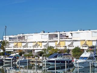 2 bedroom Apartment in Port Camargue, Occitania, France : ref 5050242
