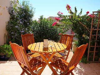 2 bedroom Villa in Saint-Pierre-sur-Mer, Occitanie, France - 5050471