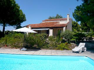 4 bedroom Villa in Saint Cyr La Madrague, Cote d'Azur, France : ref 2012561, Les Lecques