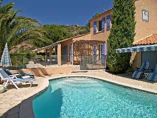 4 bedroom Villa in Bormes-les-Mimosas, France - 5699942