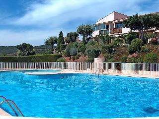 2 bedroom Villa in La Croix-Valmer, Provence-Alpes-Cote d'Azur, France : ref 505