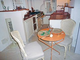 1 bedroom Apartment in Saint Tropez, Cote d Azur, France : ref 2216188