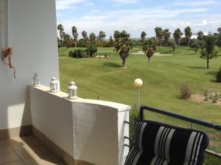 Bonito apartamento con vistas al Campo de Golf, Rota