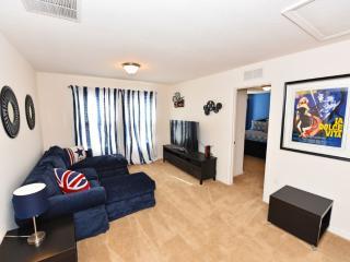 Cypress Pointe - 6 BR Private Pool Home, Game Room, South Facing - FSV 47489, Davenport