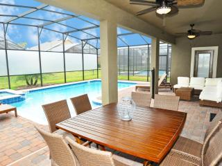 Providence - 6 BR Private Pool Home, Game Room, South Facing - FSV 47483, Davenport