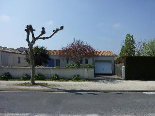 3 bedroom Villa in L'Ile d'Oleron, Nouvelle-Aquitaine, France : ref 5046844