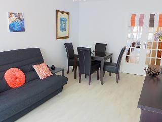 2 bedroom Apartment in Saint-Malo, Brittany, France - 5081960