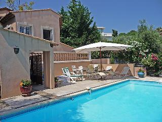 3 bedroom Villa in Cannes, Provence-Alpes-Cote d'Azur, France : ref 5051910