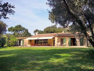 5 bedroom Villa in Sainte Maxime, Cote d'Azur, France : ref 2057404
