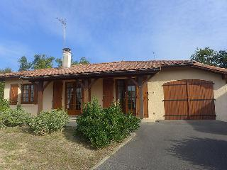2 bedroom Villa in Capbreton, Nouvelle-Aquitaine, France : ref 5061887
