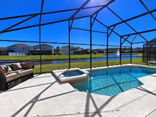 Cumbrian Lakes - 4 Bedroom, Private Pool Home, Game Room, Lake View, Kissimmee