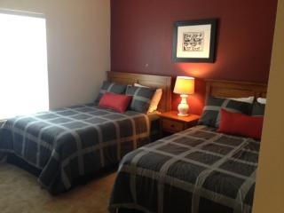 *June Special* at LV 3 Beds 2 Baths - 14-107