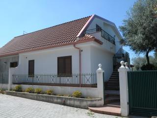 CAPO VATICANO - Appartamento IL GIRASOLE in Villa, Capo Vaticano