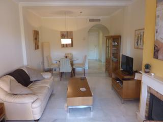 Luxury 3 bedroom apartment, Estepona