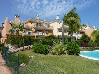 2 Bed Apt in Park Beach, Estepona