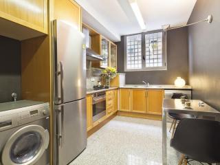 Putxet Sun Pool B30 I - 3 Bedroom Apartment, Barcelona