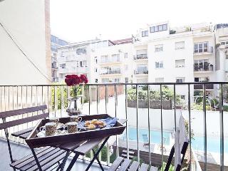 San Gervasi Sun IV - 2 Bedroom Apartment, Barcelona