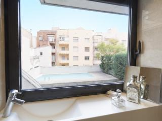 Barcelona Garden Pool III - 3 Bedroom Apartment