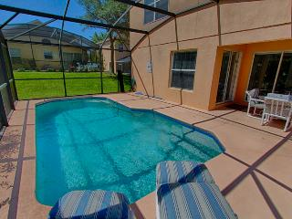 Southern Dunes - 4 Bedroom Private Pool Home with Game Room, Haines City