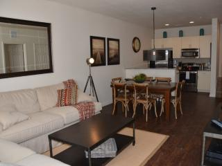 *July Special* at Lucaya 3 Beds 2 Baths ID:59007