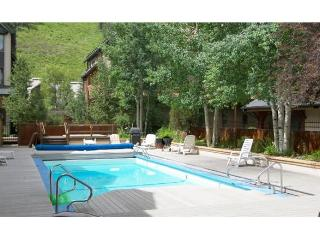 Lulu City - 2 Bedroom + Loft Condo #6I, Telluride