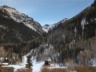 Muscatel Flats - 1 Bedroom Condo #8, Walk Up, Telluride