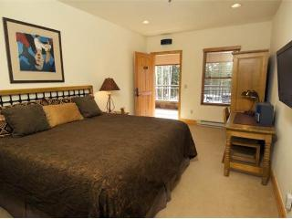 Bear Creek Lodge - 2 Bedroom Condo #109, Telluride