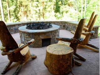 Bear Creek Lodge - 3 Bedroom Condo #301, Telluride