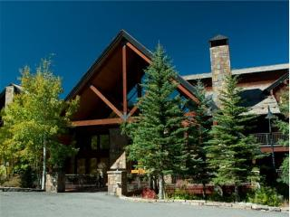 Bear Creek Lodge - 4 Bedroom Condo #409, Telluride